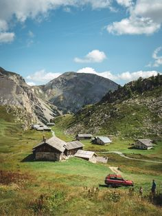 A summer time within the Queyras mountaineering and discoveries within the pure park Week End France, Mountain Photos, Mountain High, Mountain Climbing, Wonderful Places, Places To Go, Road Trip, Hiking, Around The Worlds