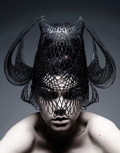3D printed millinery in black | 3D Print : Fashion + Photography | Design @ b3dge-log |