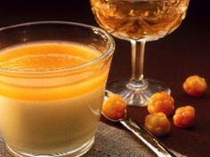 Pannacotta with cloudberry jelly