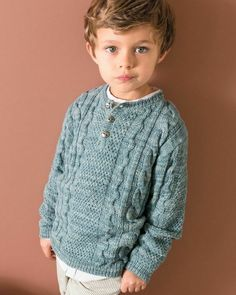 We've got of free knitting patterns to inspire you: from blanket knitting patterns to cardigans, hats, scarves and adorable free baby knitting patterns! Baby Boy Knitting Patterns, Knitting For Kids, Free Knitting, Baby Sweater Patterns, Boys Sweaters, Knit Fashion, Handmade Clothes, Catalogue, Grand Bol
