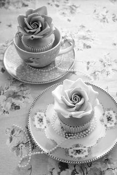 Pearls - (via Black Autumn Mourning)
