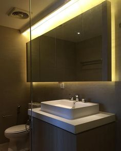 Modern | Bathroom | Pantai Mutiara Apartment | Jakarta Utara | Translucent Studio