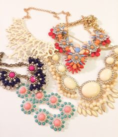Statement pieces, every woman needs some of these as part of their jewelry collection! So necessary for styling. You would never know that a big chunky necklace could be the one thing you need to complete an outfit!