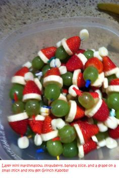 Grinch Kabobs - Christmas Fruit Kabobs. (Remember for Work Pot-Luck)