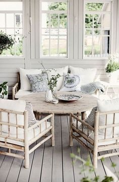 Steps To A Fantastic Front Porch Porch Summer And Front Porches - Cottage sunroom decorating ideas mesmerizing sunroom decorating ideas