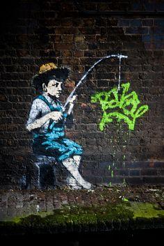 Banksy, London street art, punk, London photography by Steve Cotton Street Art Banksy, Street Art News, Banksy Graffiti, Bansky, 3d Street Art, Street Artists, Mr Brainwash, Urban Street Art, Urban Art