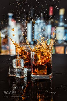 Pic: Whiskey splash
