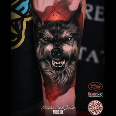 Wolf tattoo done today. A lot of fun.:) by thomascarlijarlier