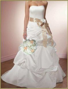 Roses with Detail Wedding Dresses Pick UPS