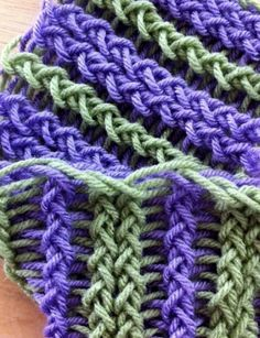 This loom knitting reversible stockinatte stitch.  Another easy one.