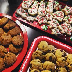 3 Vegan Christmas Cookies: Ginger snaps, whole wheat sugar, and whole wheat chocolate chip