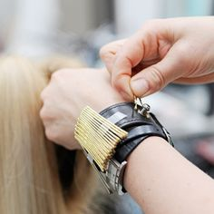 Cool Tools to Make Hairdressing Easier and Faster.  source: http://shop.samvilla.com/
