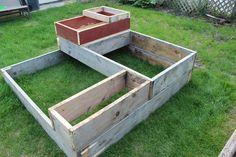 June 1, 2014. #gardenbox #raisedgarden