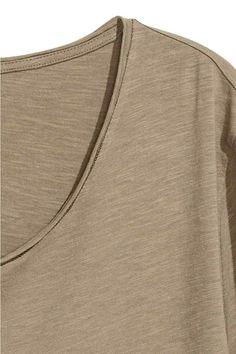 Raw-edge T-shirt - Khaki beige - Men   H&M