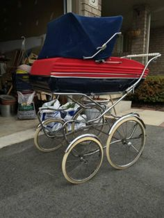 Kijiji - Buy, Sell & Save with Canada's Local Classifieds Pram Stroller, Baby Strollers, Vintage Pram, Prams, Vintage Italian, Kids And Parenting, Car Seats, Italy, Retro
