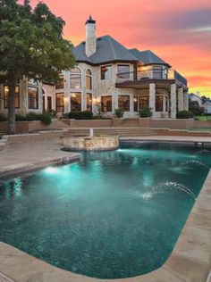 Mansions homes Dream house mansions Rich people lifestyle Mansions luxury Modern mansions House goals Future House, Mansions Homes, Luxury Mansions, Huge Mansions, Dream Pools, Big Houses, Dream Houses, Cool Pools, House Goals