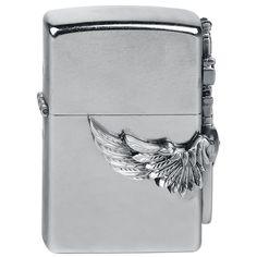 """#Zippo originale a benzina """"Flying Heart With Sword"""" del brand Spiral. Per motivi ti sicurezza, l'accendino viene consegnato scarico."""
