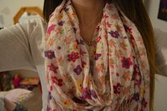 I'm obsessed with scarves ♡