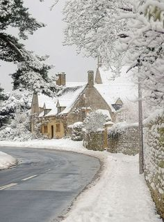 Cotswolds in Snow by Andrew Lockie on Getty Images  — FUCKITANDMOVETOBRITAIN