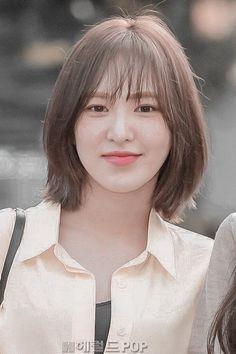 Hair Dye Colors, Hair Color, Androgynous Hair, Hair Upstyles, Shot Hair Styles, Wendy Red Velvet, Model Face, Seulgi, Hair Inspo