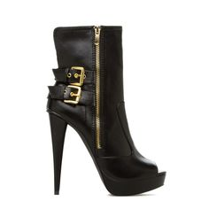 In need of a bootie heel for winter!!!