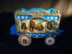 Vintage Jim Beam Circus Wagon Lions Animals Decanter