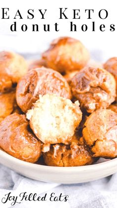 Carb Breakfast Recipes Keto Donut Holes - Low Carb, Gluten-Free, Grain-Free, THM S - I have the perfect solution for your sweet breakfast treat cravings! These moist, soft keto donut holes are seriously the best thing ever. Keto Friendly Desserts, Low Carb Desserts, Low Carb Recipes, Healthy Recipes, Sweet Breakfast, Low Carb Breakfast, Breakfast Recipes, Breakfast Casserole, Sausage Breakfast