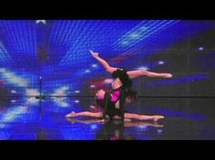 The Judges SHRIEK When She Bends Backwards. But What Her TWIN Does? INSANE! - LittleThings.com