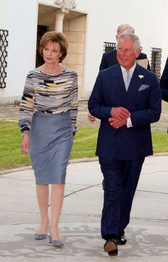 His Royal Highness the Prince of Wales is currently in Romania and was received by Crown Princess Margareta of Romania and Prince Radu durin. Queen Victoria Descendants, Queen Victoria Family, Romanian Royal Family, Visit Romania, Prince Of Wales, Prince Charles, Royal Fashion, British Royals, Royalty