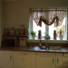 Cheap Homemade Hessian/ Burlap curtains trimmed with old net lace curtains Burlap Curtains, Lace Curtains, Curtain Trim, Rope Mirror, Heavy And Light, Recycling Center, Hessian, Kitchen Curtains, Vintage Lighting