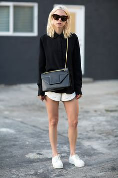 walk on vogue Casual Outfits, Cute Outfits, Fashion Outfits, Womens Fashion, Vogue, Minimal Fashion, Her Style, Passion For Fashion, Normcore