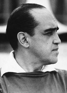 Décès de l'architecte Oscar Niemeyer.