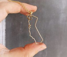 California Necklace : Custom State Love Necklace with Heart : All states available! Choose your state from the drop down selection box! The great state
