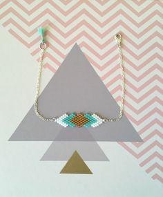 Bracelet tissé en perles Miyuki Delicat - bohème chic - or, turquoise et blanc                                                                                                                                                                                 More