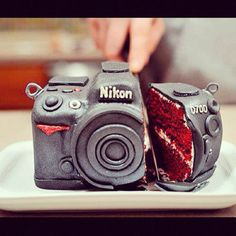 Cake and Camera!  HUMMMMMM... Gotta have this cake for my birsday!