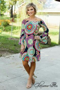 Womens fashion over 40 summer casual spring ideas Fashion For Women Over 40, 50 Fashion, Autumn Fashion, Fashion Dresses, Spring Outfits Women, Casual Fall Outfits, Casual Dresses, Summer Dresses, Mode Ab 50