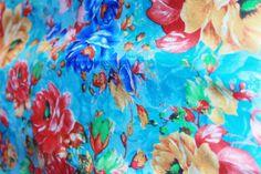 fulares de seda JULUNGGUL silk foulards www.julunggul.com primavera-verano 2014 spring-summer 2014 www.julunggul.com Hecho en España. Made in Spain