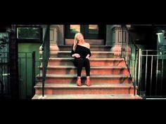 le nouveau clip de Princess Sarah a la faveur de l'automne - YouTube