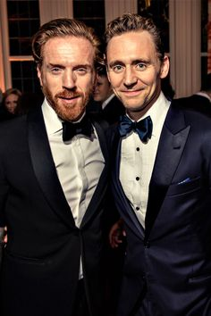 Tom Hiddleston and Damian Lewis at Vanity Fair/Bloomberg WHCD Party. Full size image: http://ww3.sinaimg.cn/large/6e14d388gw1f3g5jdvkc6j21400w0445.jpg Source: http://www.vanityfair.com/news/photos/2016/05/photos-from-the-2016-vanity-fairbloomberg-white-house-correspondents-party#12 Via Torrilla, Weibo