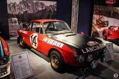 #Lancia #Fulvia au salon Auto e Moto d'Epoca de Padoue Reportage :  http://newsdanciennes.com/2015/10/27/grand-format-auto-e-moto-depoca-a-padoue/ #ClassicCar #Vintage #Voiture #Ancienne