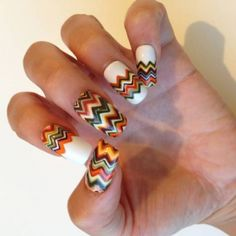 Nail Art Tutorial: Autumn Chevron Stripes
