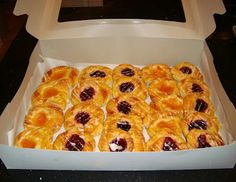 Danish pastry recipe and how to steps. For the fruit filling, scroll down to the bottom (almost)