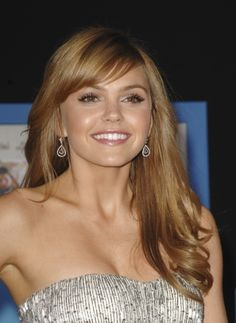 Aimee Teegarden-I love this natural looking hair color