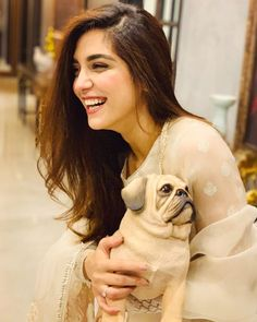 Hottest Ever Pakistani Actress Maya Ali Pakistani Movies, Pakistani Actress, Pakistani Dresses, Indian Dresses, Maya Ali, Romantic Shayari, Celebrity Wallpapers, Niece And Nephew, Hottest Pic
