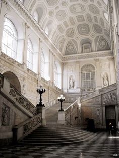 mostlyitaly: Palazzo Reale (Napoli, Italy) by bruce_ (Georgiana Design) Classical Architecture, Beautiful Architecture, Art And Architecture, Cathedral Architecture, Napoli Italy, Abandoned Places, Stairways, Italy Travel, Medieval