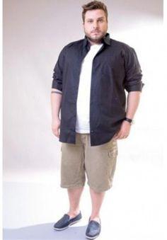 Fashion tips Plus Size Men - Conseil Mode Homme grande taille - Mens Plus Size Fashion, Big Men Fashion, Big Mens Summer Fashion, Chubby Men Fashion, Fat Fashion, Fashion Shirts, Fashion Vintage, Casual Plus Size Outfits, Plus Size Kleidung