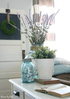 Bringing the outdoors in for spring decorating with texture!