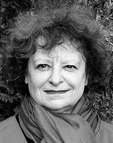"""Franziska Rogger, Autorin von """"Gebt den Schweizerinnen ihre Geschichte!"""" (März 2015) sowie von """"Inszeniertes Leben"""" (2012), erschienen im Verlag NZZ Libro."""