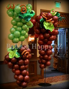 Balloon Centerpieces, Balloon Decorations, Birthday Decorations, Balloon Ideas, Centerpiece Ideas, Balloon Columns, Balloon Arch, Cigar Party, Columns Decor