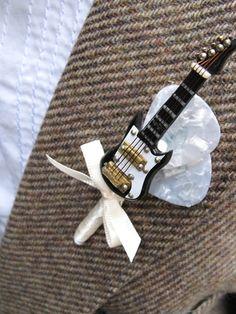 Guitar Boutonnieres
